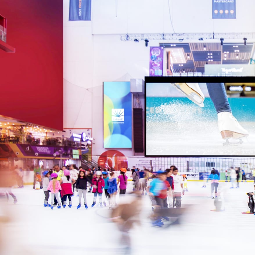 ice skating what to do dubai mall bucket list