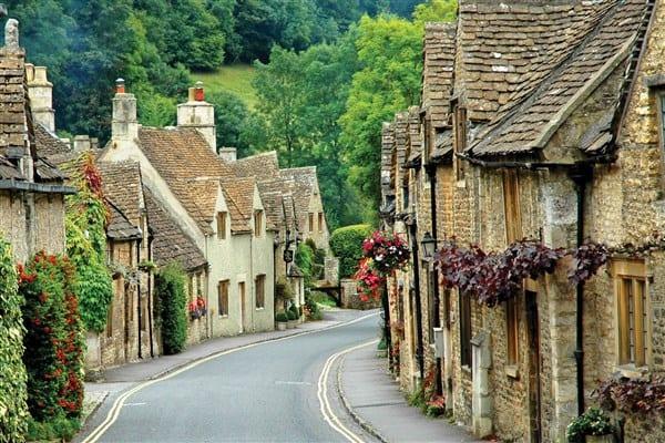 the cotswolds top 5 most romantic villages