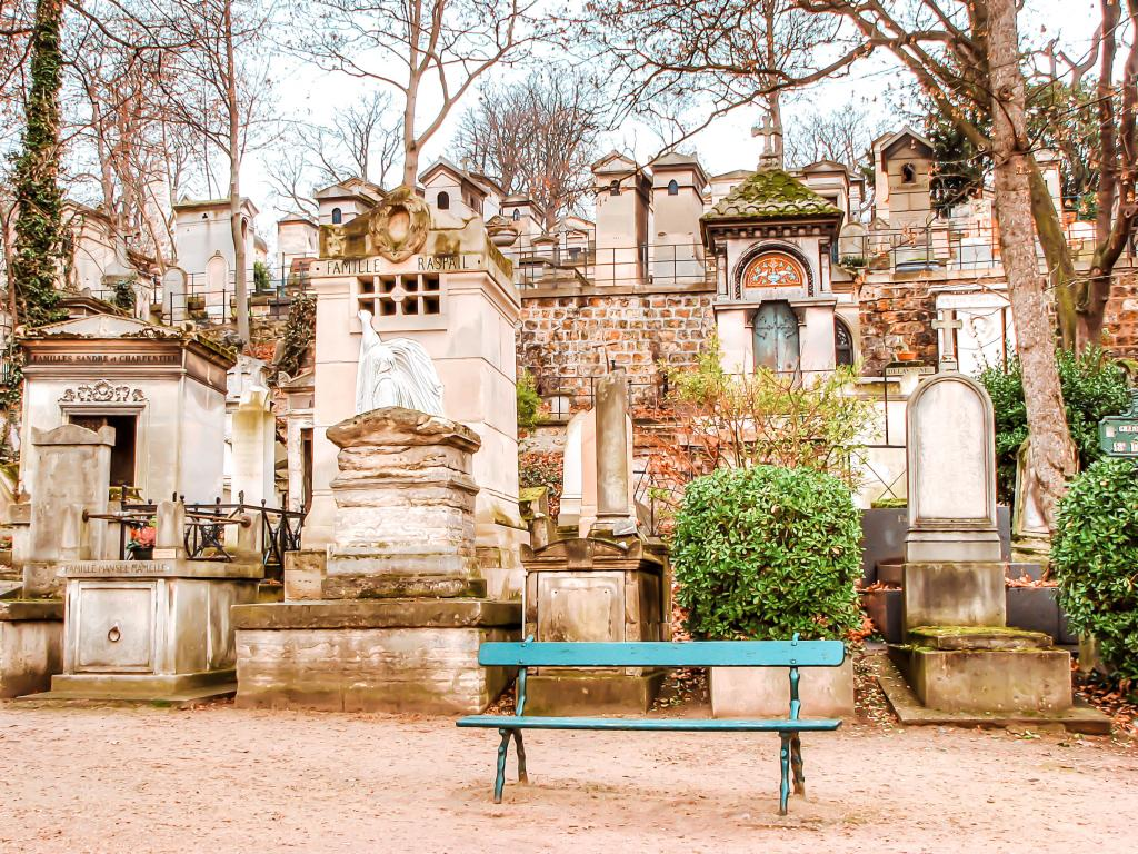 Visit Edith Piaf at Pere Lachaise Cemetery
