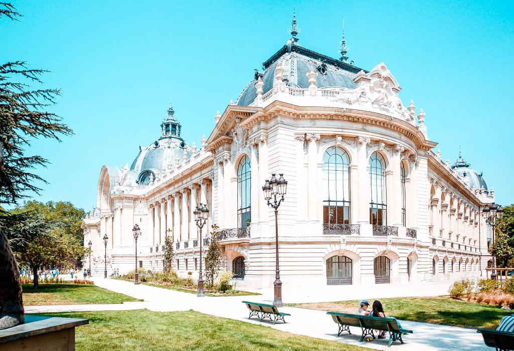 visit free museums in paris such as le petit palais and musee victor hugo