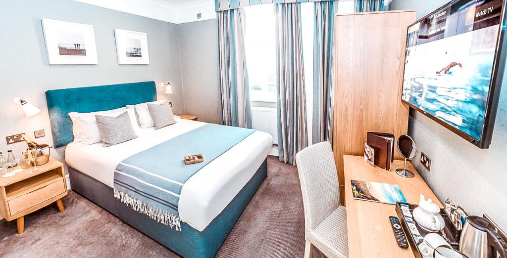 Bournemouth hotel where to stay Connaught Lodge