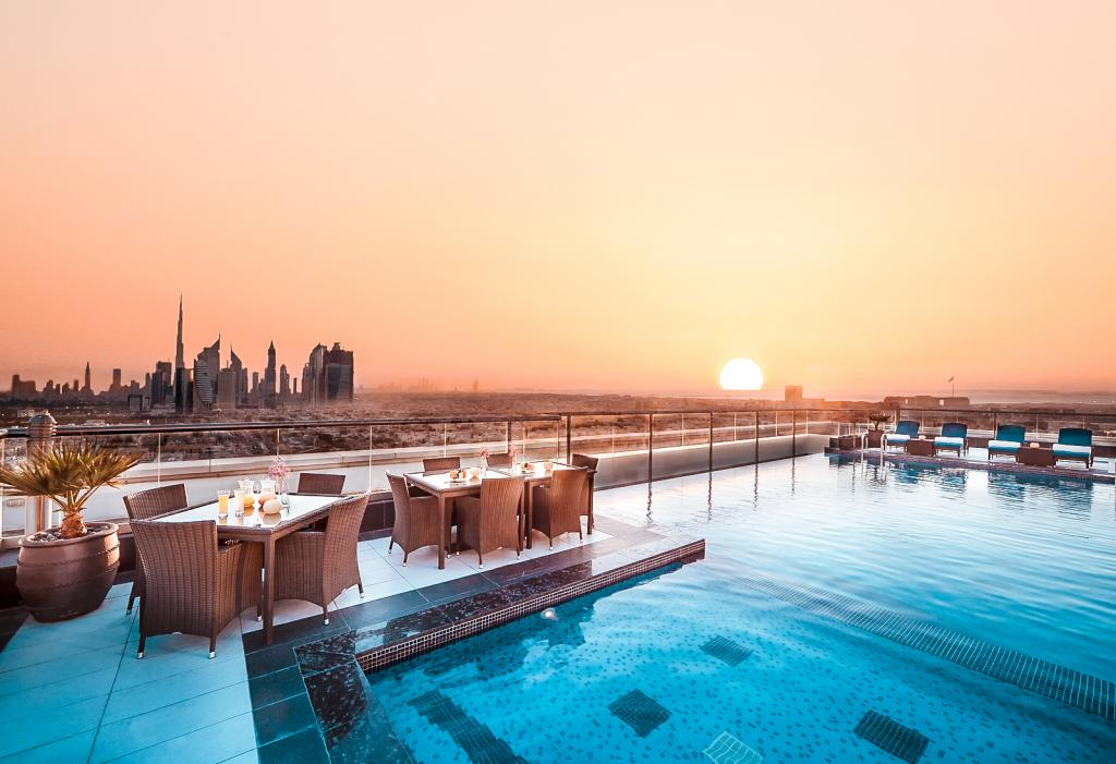 best rooftop bars dubai kris with a view