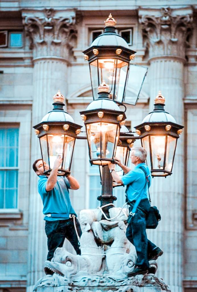 gas lamps what to do covent garden london