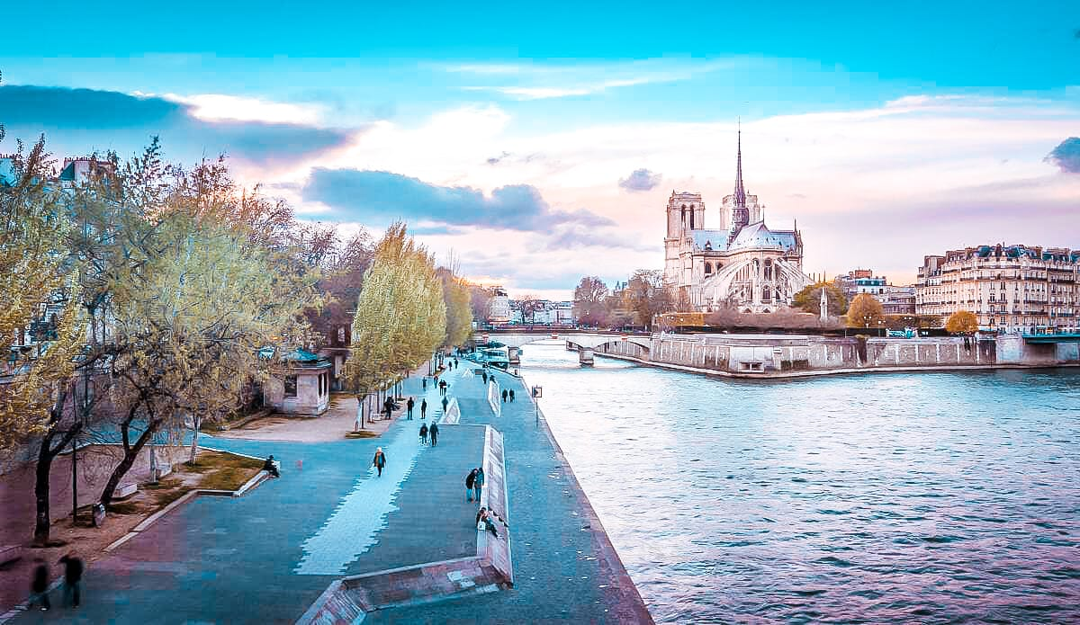 10 best places to watch the sunset in paris banks of the seine