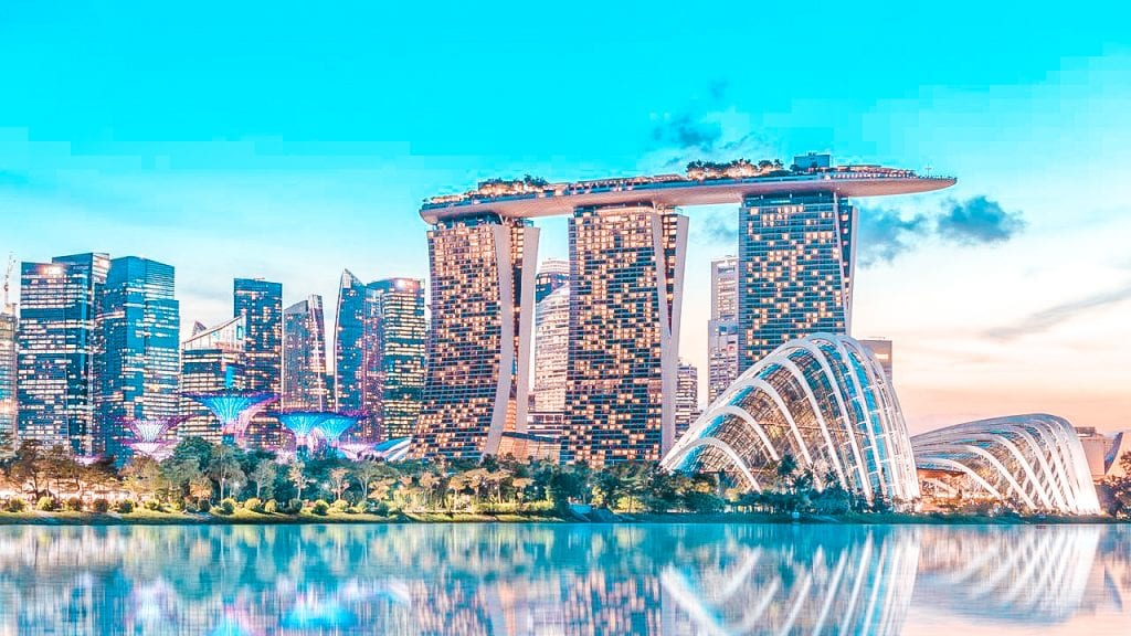 moving abroad to singapore