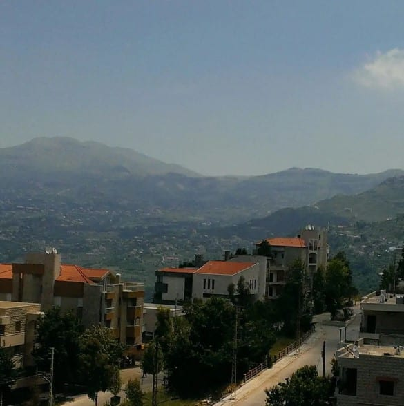 mountain view beirut airbnb cheap stay hostel