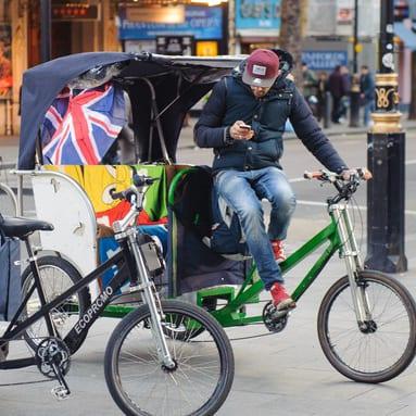 riskshaw tuk tuk london scam tourist toruism