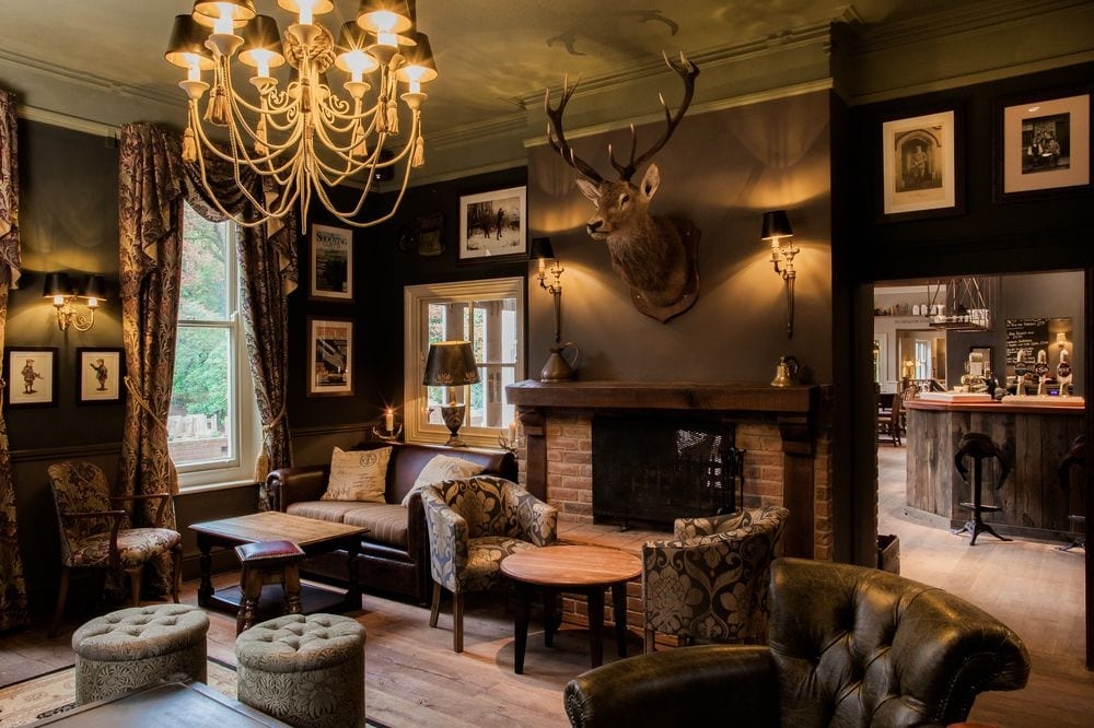where to stay in burley the white buck