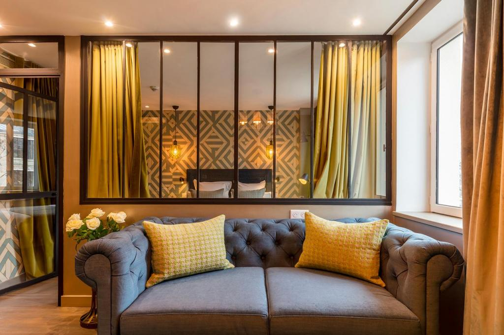 best rated hotels montmartre where to stay Be you luxury aparthotel - La Cullote
