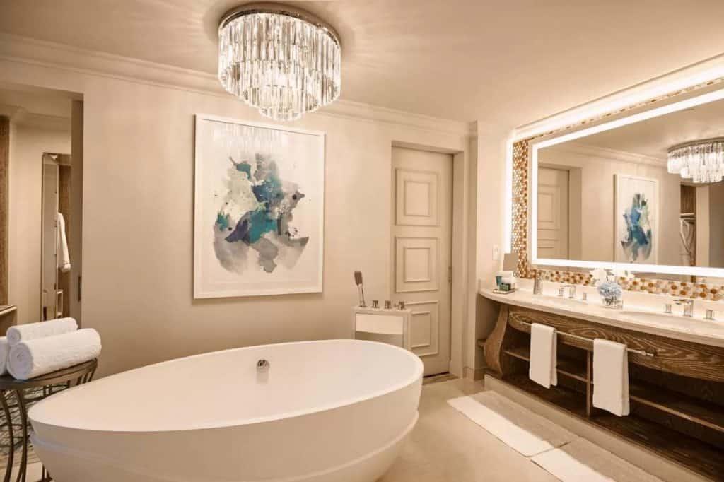 best beach hotels dubai atlantis bathroom