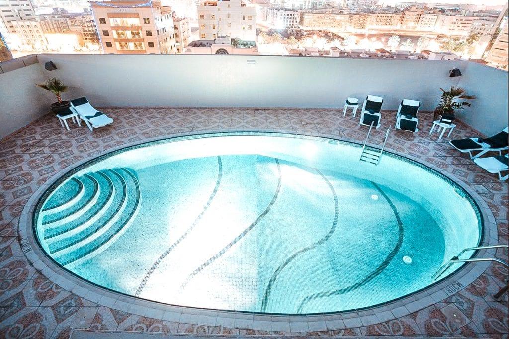 cheap budget hotel dubai deira auris hotel apartments