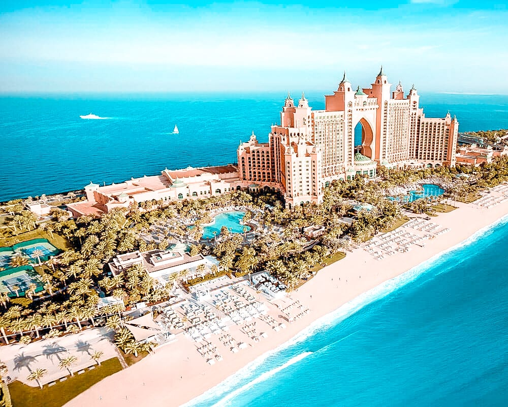 10 reasons entertainer tourists atlantis