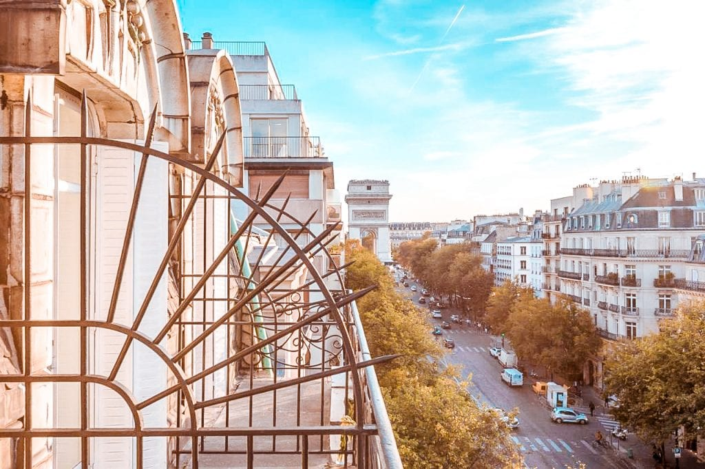 top 10 hotels view paris eiffel tower Elysees Ceramic