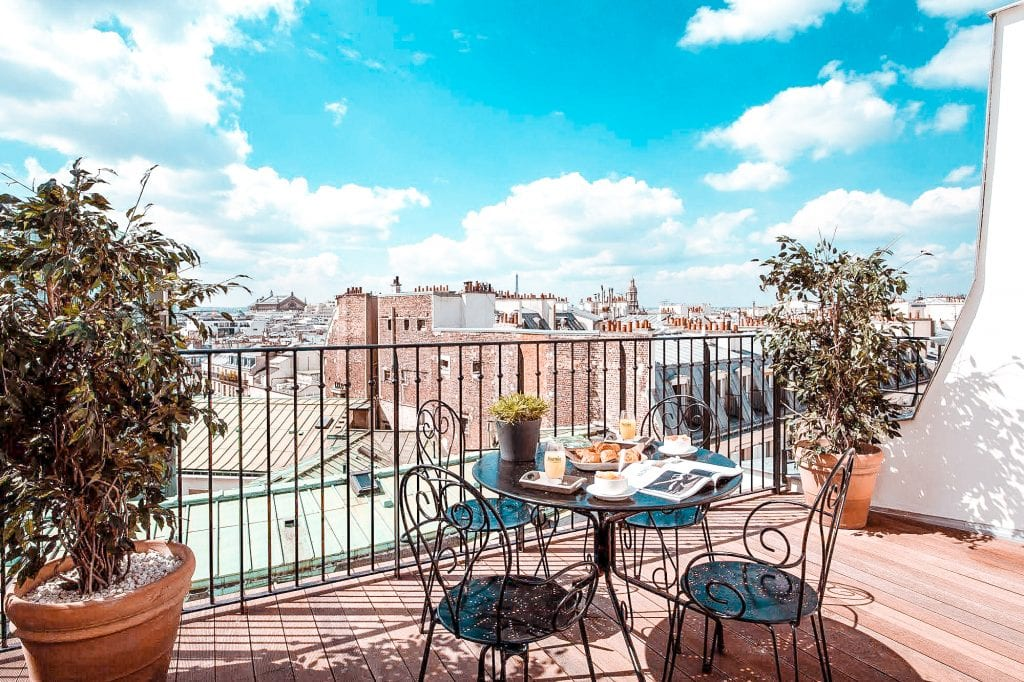 top 10 hotels view paris eiffel tower montmartre 3 poussins