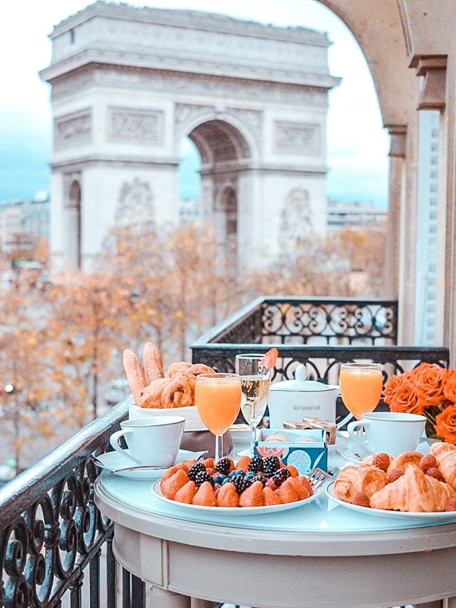 top 10 hotels with the best view in paris hero