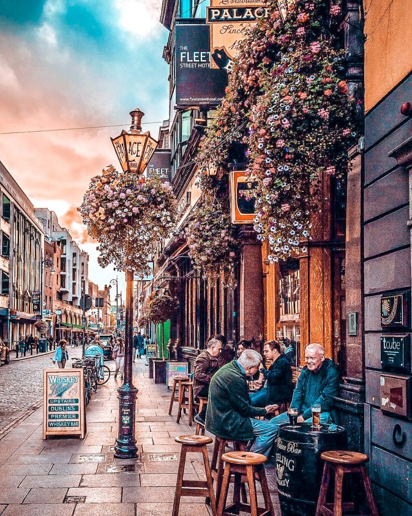 Best free things to do in Dublin self guided walking tour city