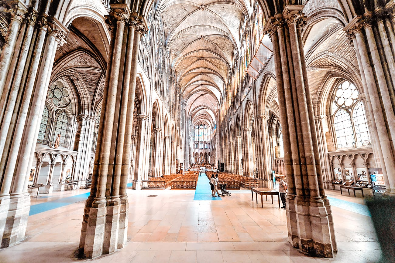 best churches to visit in Paris instead of notre dame hero