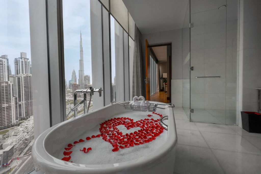 Hotel view Burj Khalifa The Oberoi Dubai