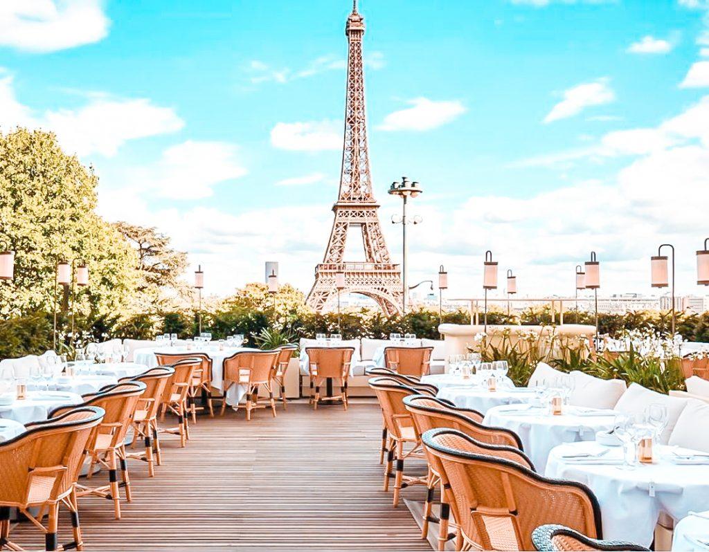 best restaurants effel tower view Girafe restaurant