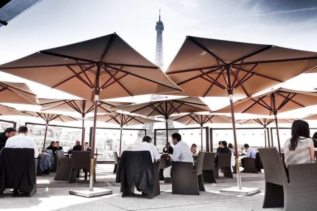 best restaurants effel tower view Ombres