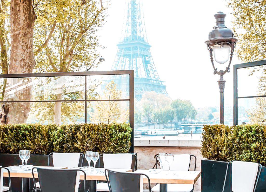 best restaurants effel tower view monsieur bleu_