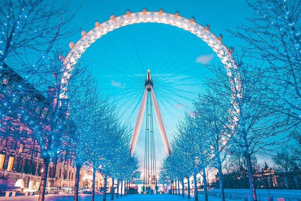 christmas in London hero