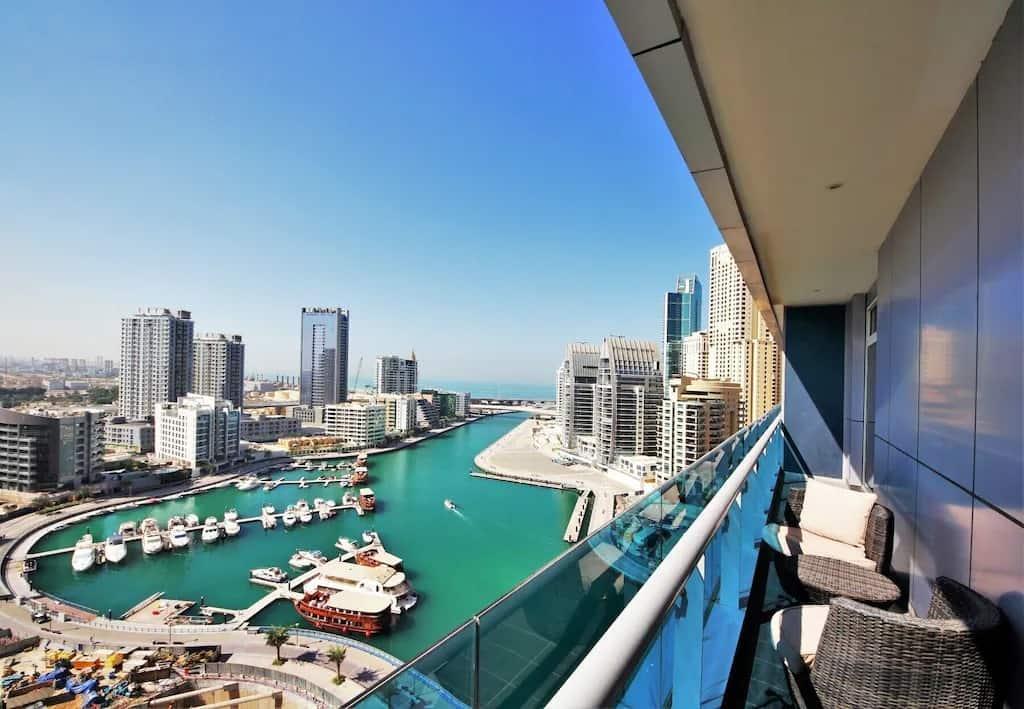 best airbnbs dubai marina eyecatching