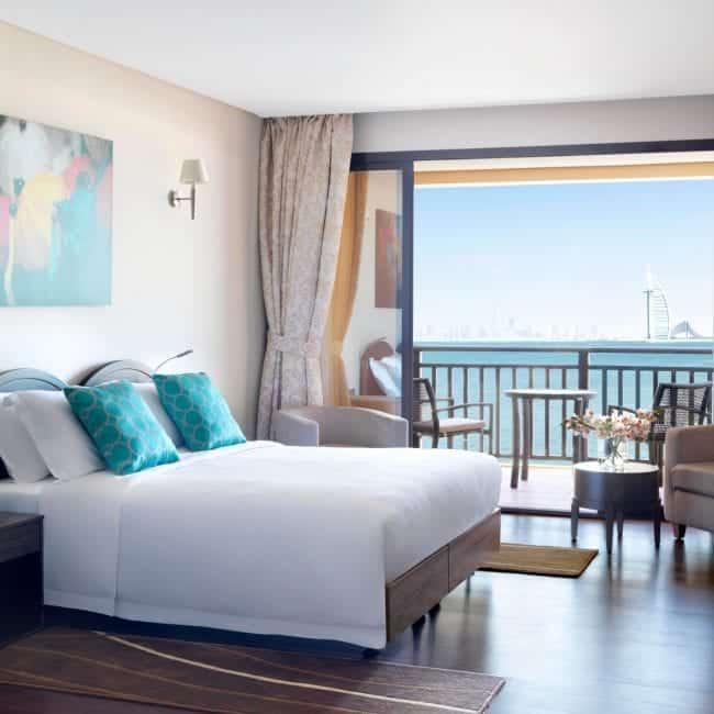 best pools in dubai Anantara The Palm Dubai Resort