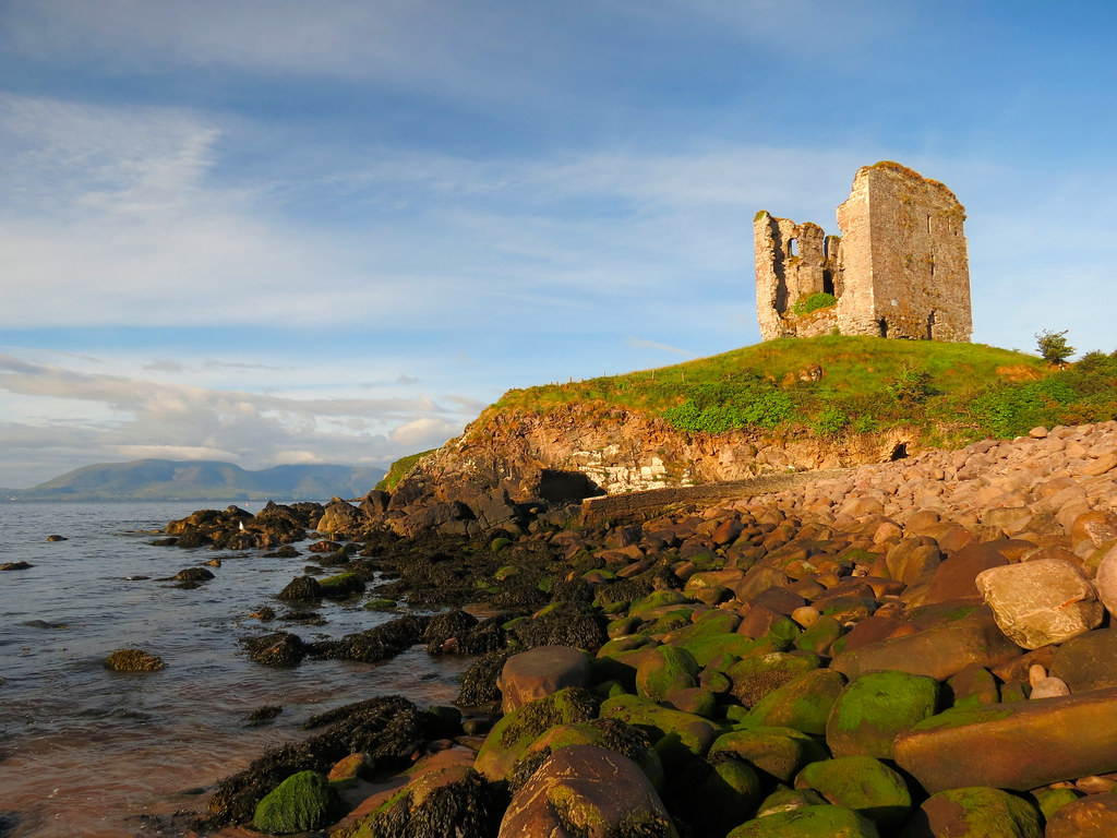 best things to do in Dingle Minard Castle
