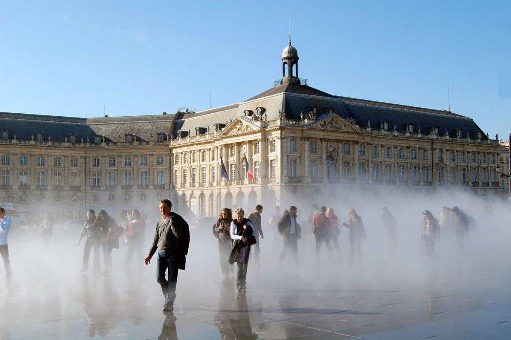 best things to do in bordeaux Miroir d'Eau