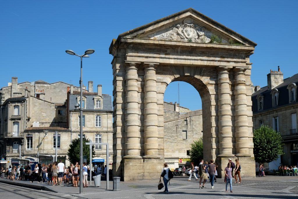 best things to do in bordeaux Place de la Victoire