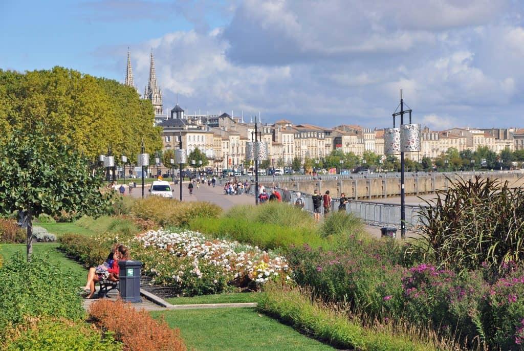 best things to do in bordeaux Quais de Bordeaux
