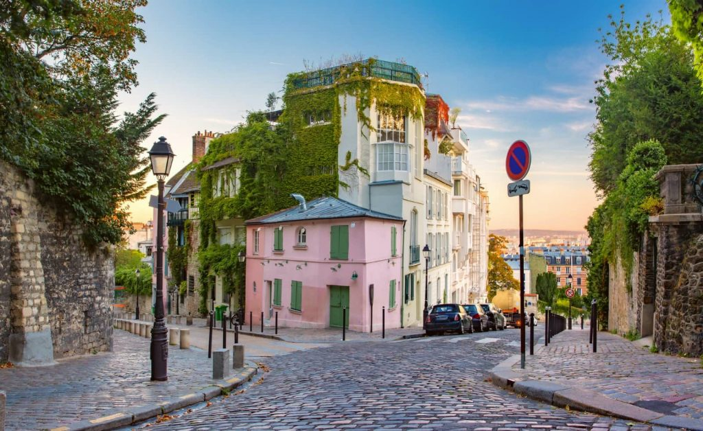 best walking tours montmartre secret