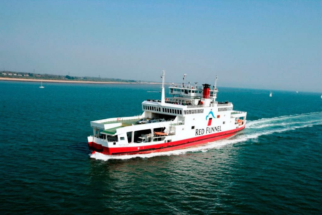 take ferry to isle of wight red funnel