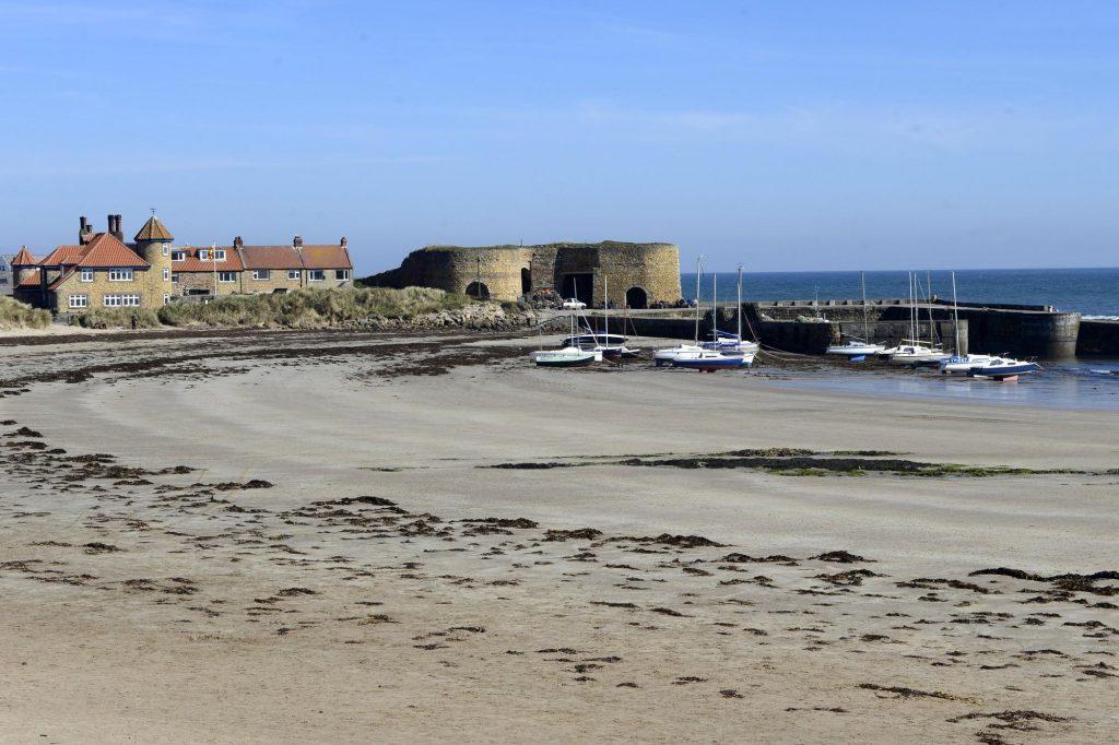 uk beautiful beaches Beadnell Beach Northumberland