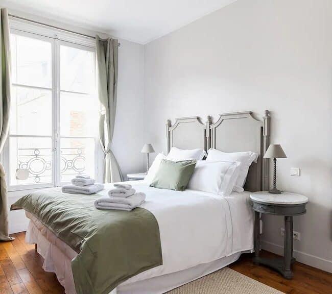 Best Airbnbs in Paris Eiffel Tower View dream come true bedroom