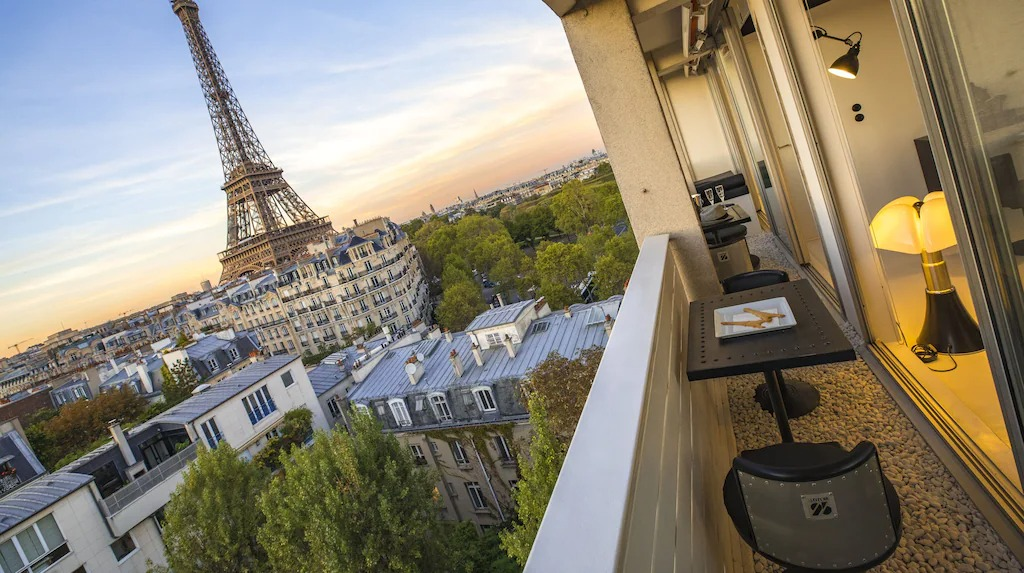 Best Airbnbs in Paris Eiffel Tower View from every room