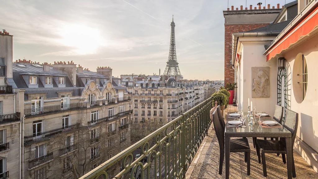 Best Airbnbs in Paris Eiffel Tower View lots of balconies