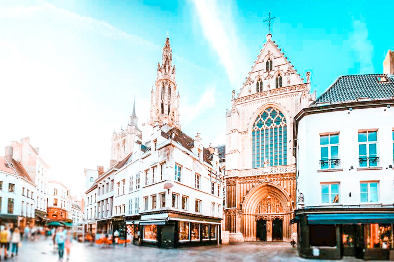 Best hotels in Antwerp hero