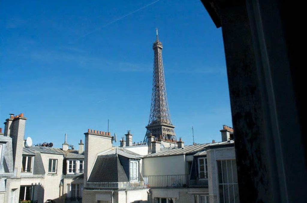 best airbnbs eiffel tower view studette