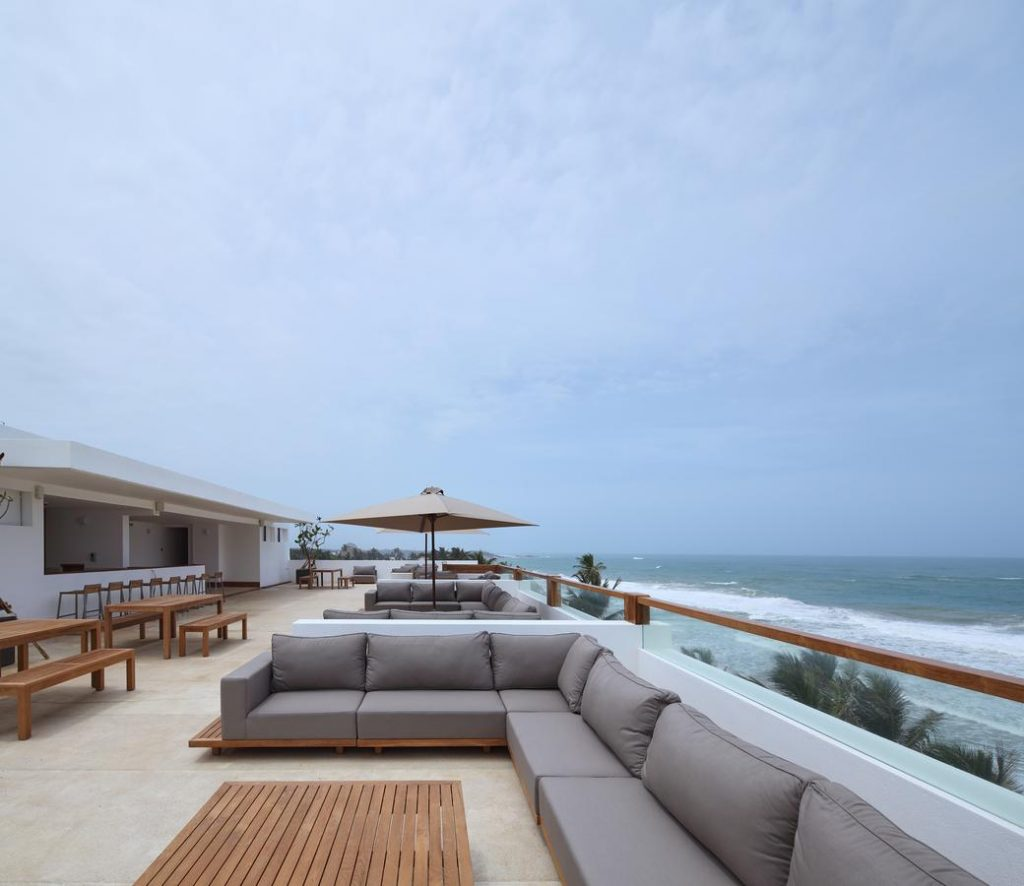 best beach hotels hikkaduwa riff