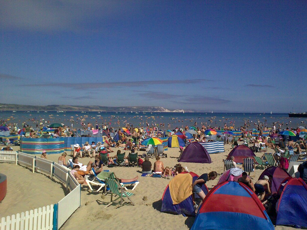 how to spend a day on weymouth beach