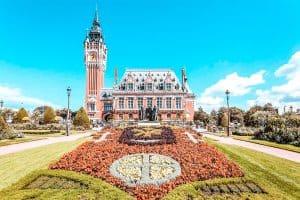 Best airbnbs in calais hero