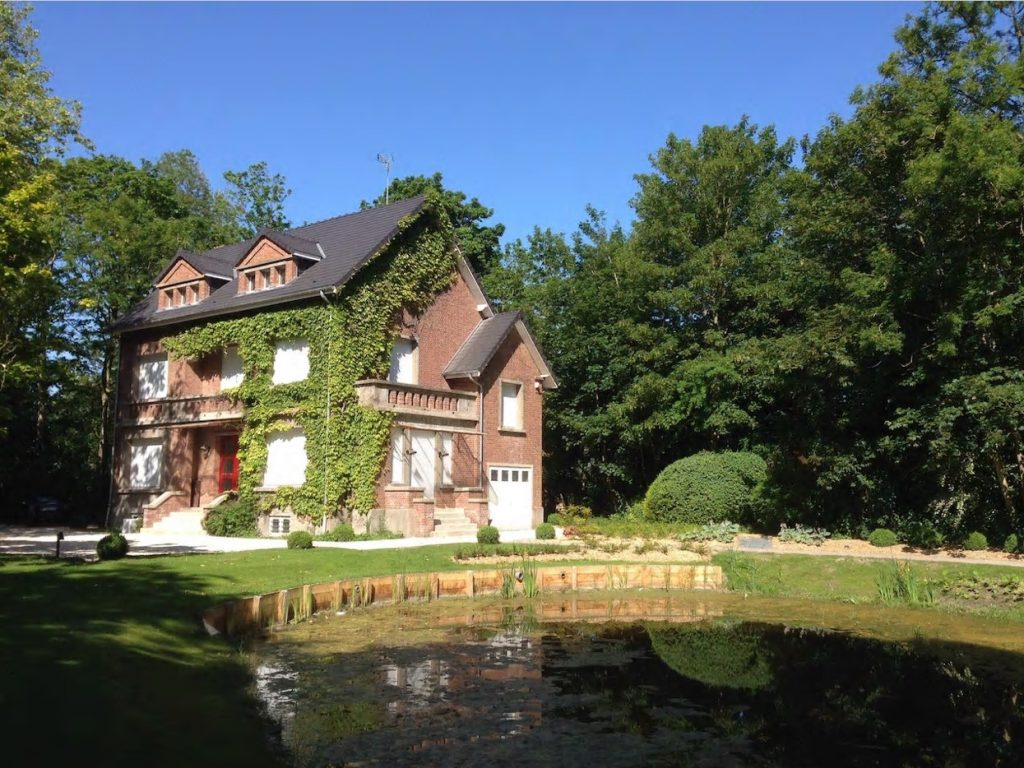 best airbnbs calais large cottage in park