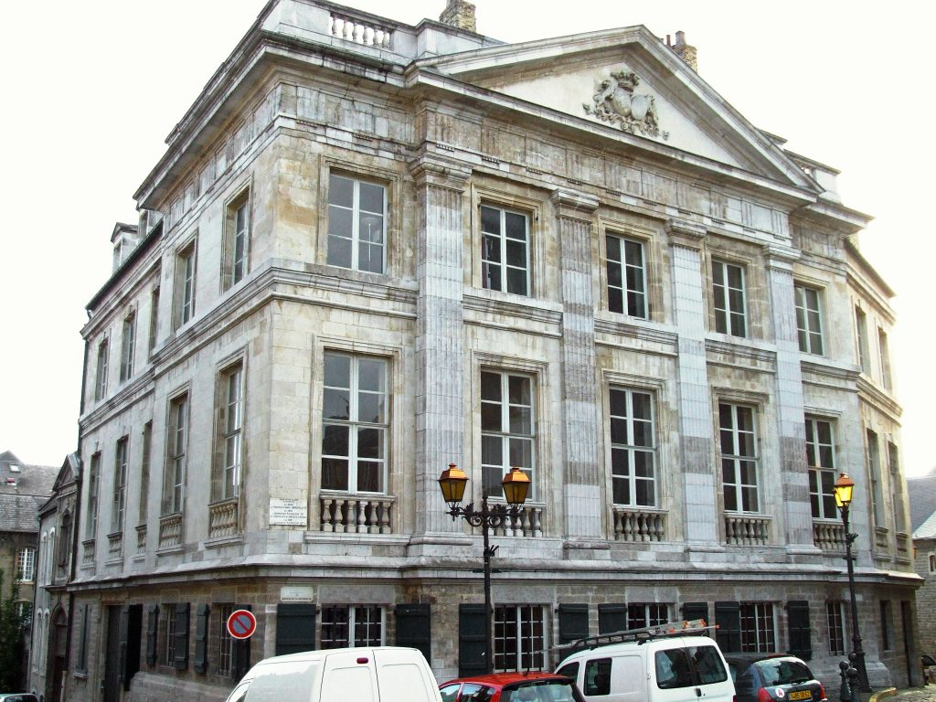 best things to do in boulogne sur mer Hotel Desandrouin