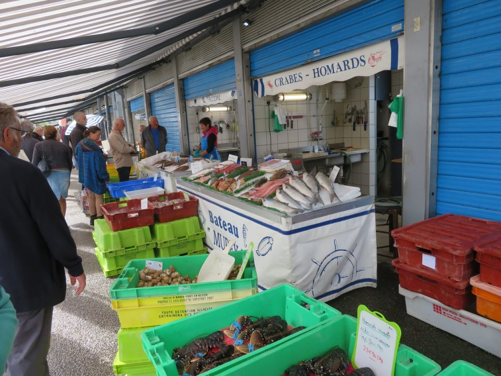 best things to do in boulogne sur mer fish market