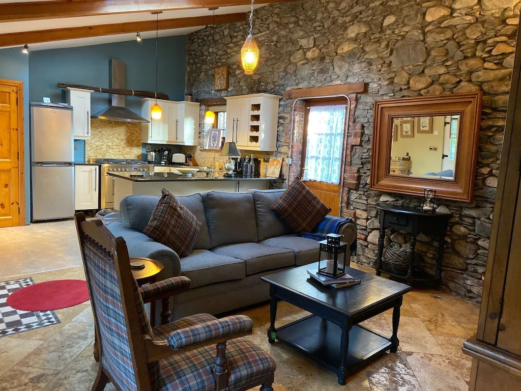 Best Airbnbs Killarney charming cottage