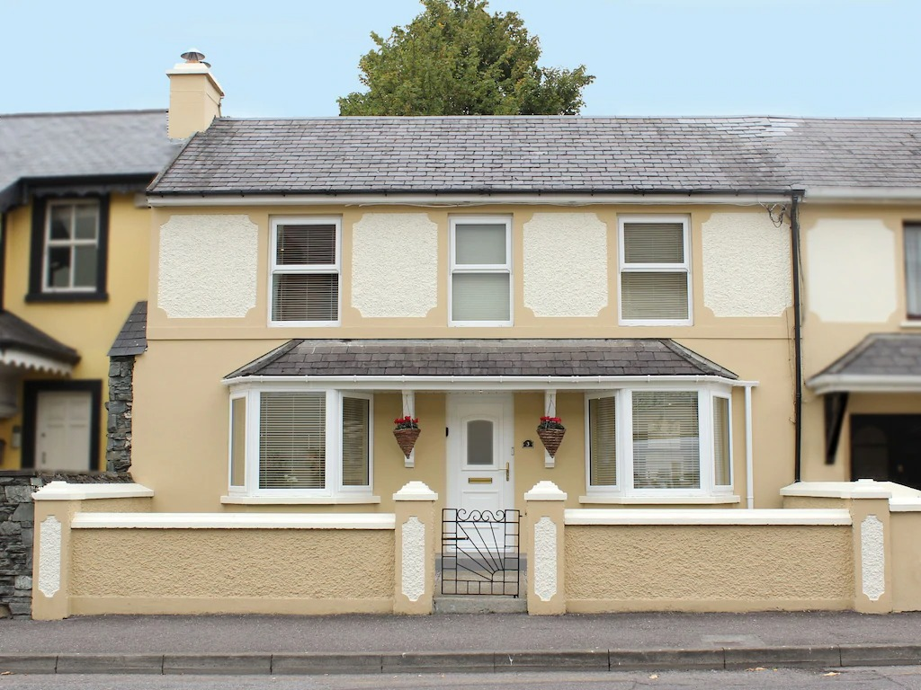 Best airbnbs killarney townhouse