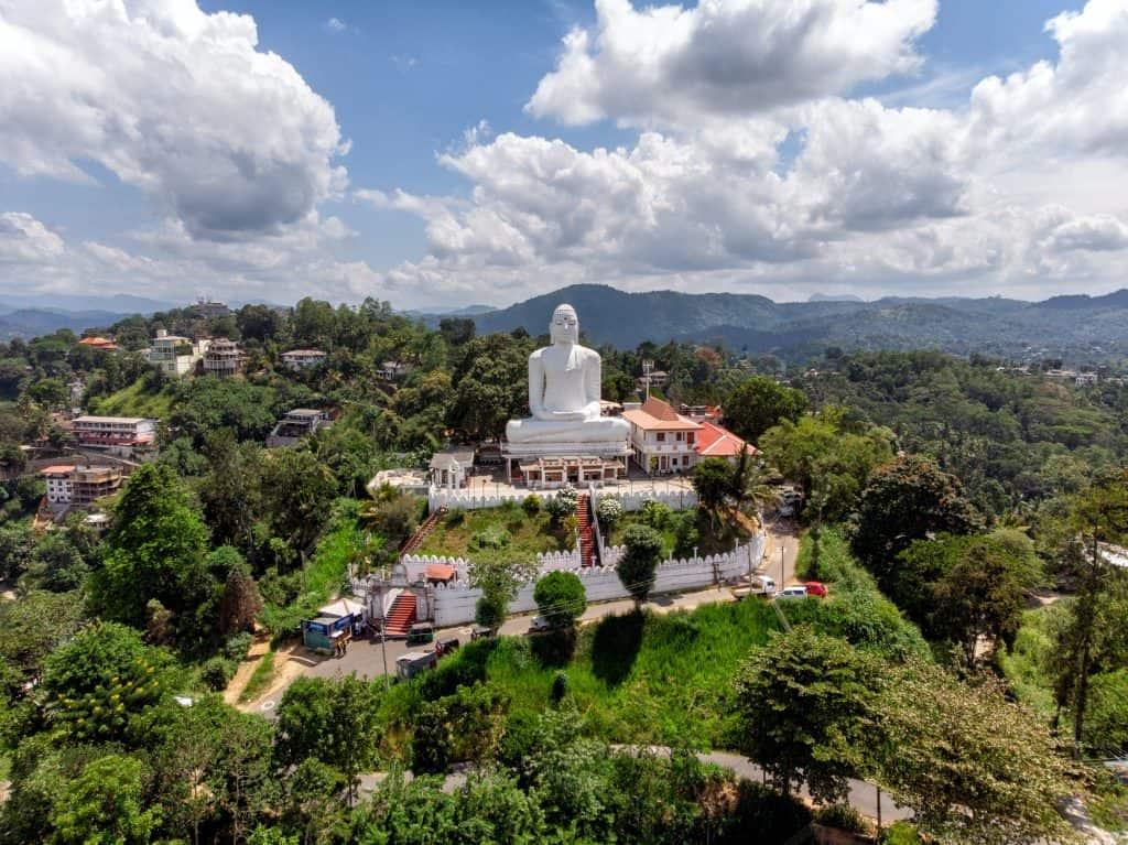 best things to do kandy Bhairovakanda Buddha Statue