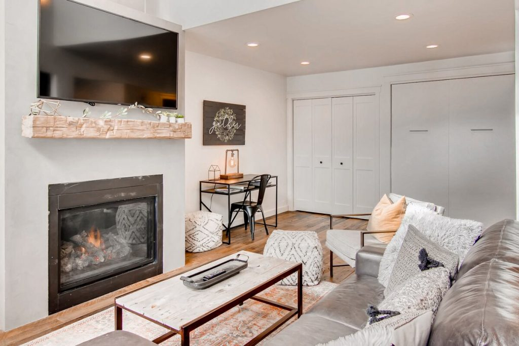 best airbnbs copper mountain Ski and Golf condo on the slopes